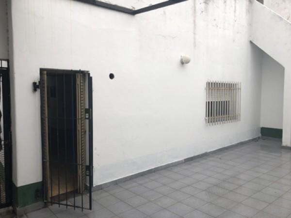 Alquiler Casa 3 ambientes, garage, terraza, quincho, excelente propiedad