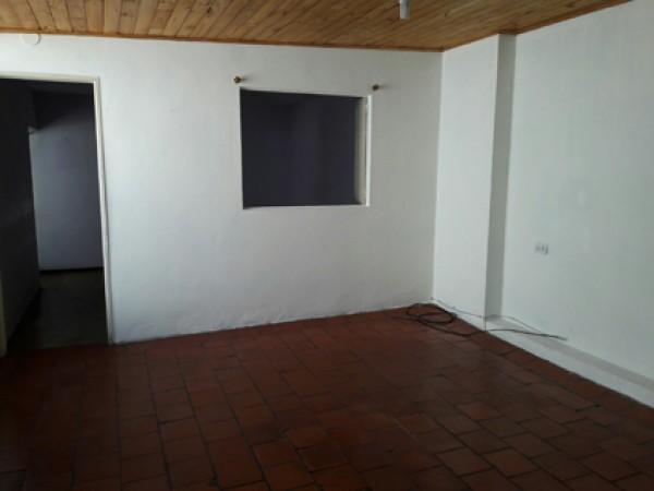 Alquiler PH 2 amplios ambientes sin expensas Villa Lugano